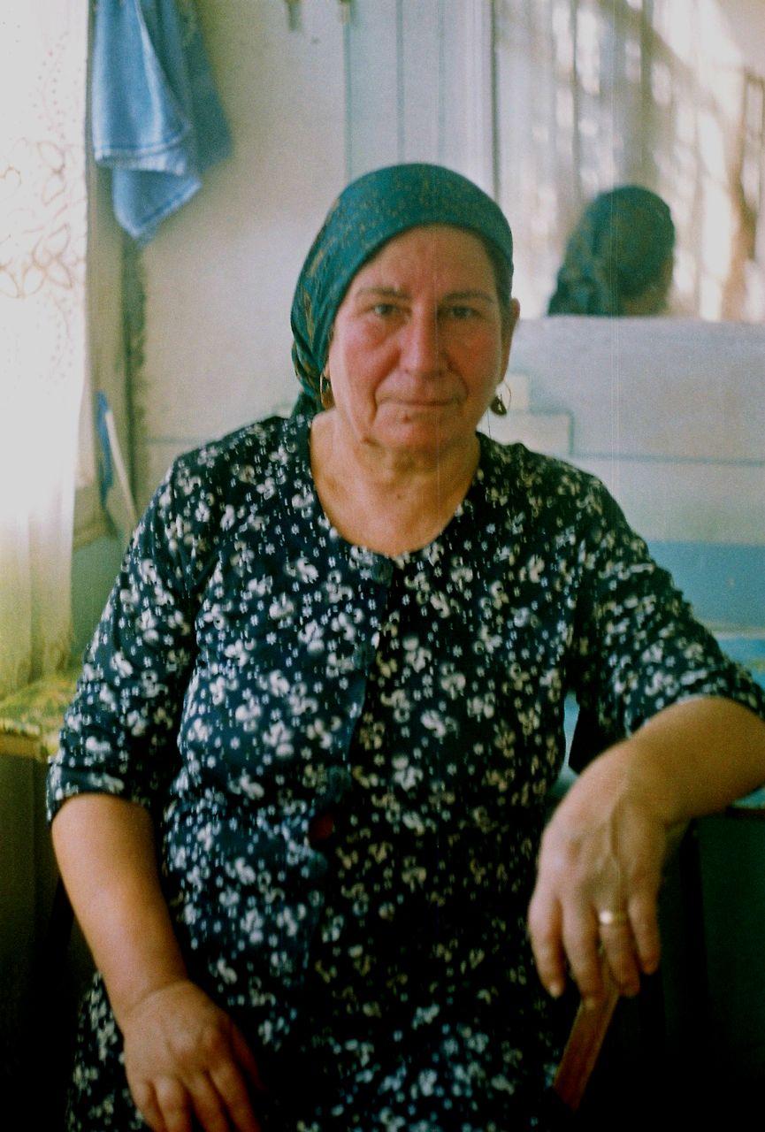 7.Qadın portreti. Aza,Ordubad,Naxçıvan,Azərbaycan