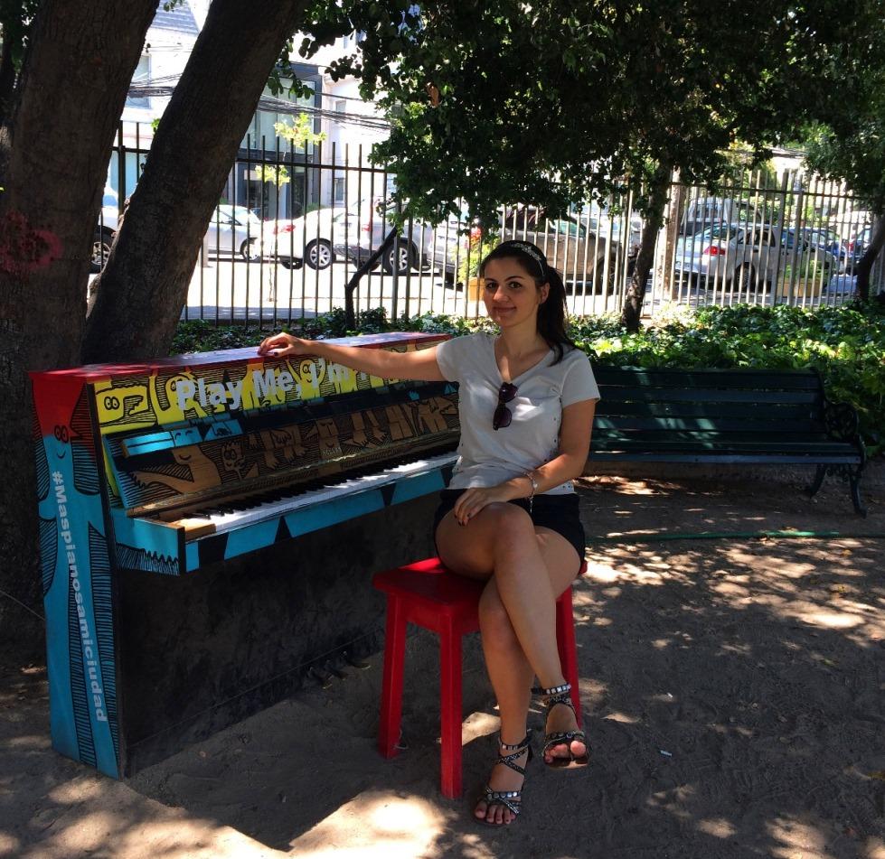 Бесплатные пианино в разных частях Сантьяго для любителей поиграть