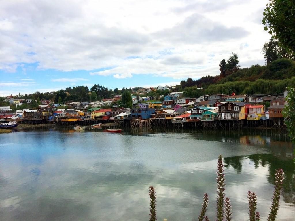 Домики на сваях – знаменитые палафито на острове Чилоэ
